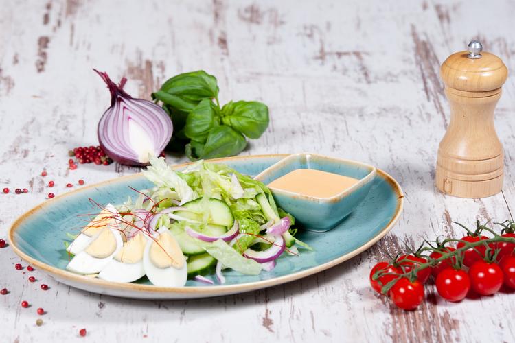 PANCSER saláta