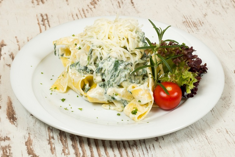 Ricottás pappardelle